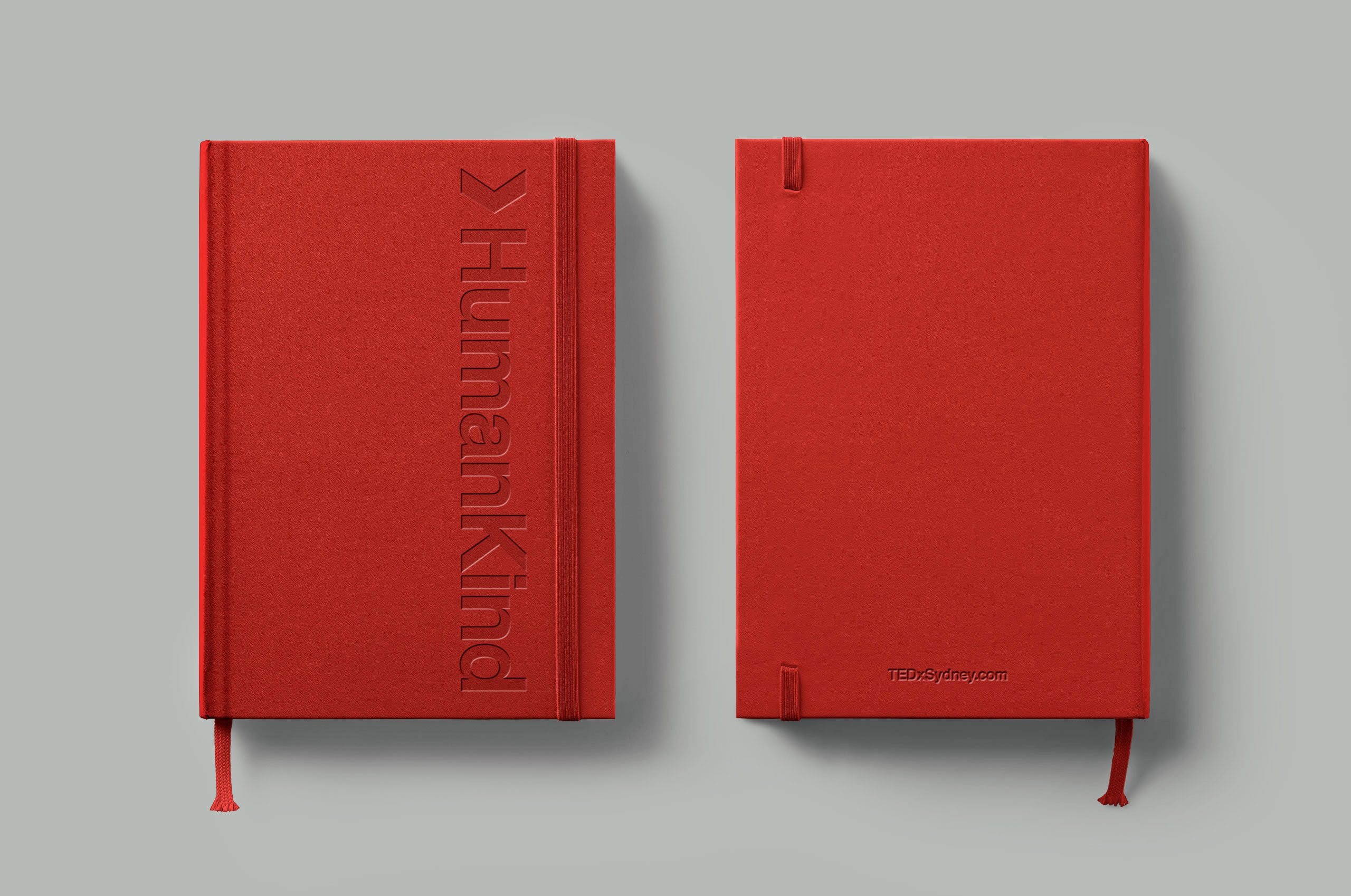 RED_Classic-Notebook-Mockup-4